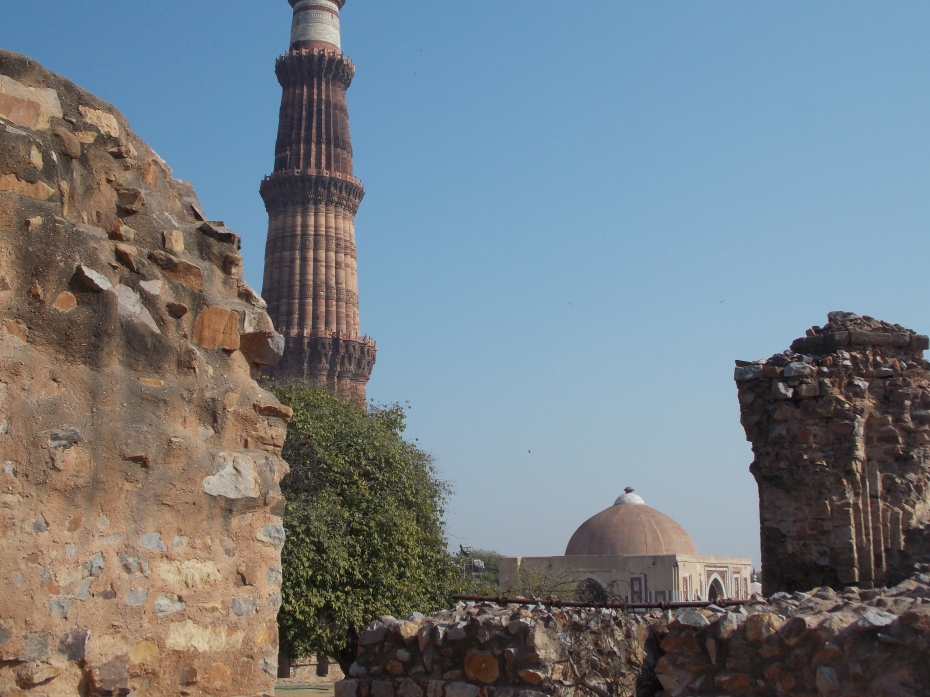 Victory Tower and ruins at Qutab Archeological site.
