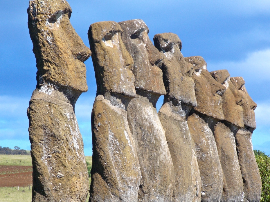 The seven explorer Moai of Ahu Akivi, facing west to their Polynesian homeland.