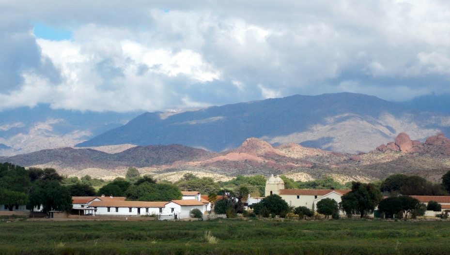The town of Molinos. Building on the left is the home of the last Spanish governor of Argentina.