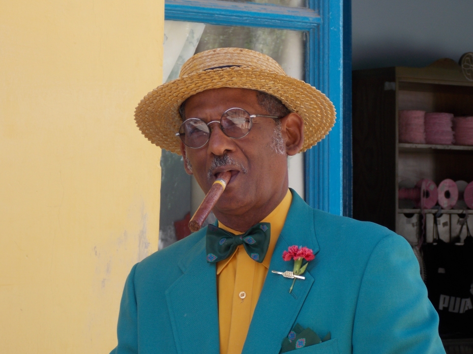 This is senor Pedro Pablo Perez Perez, former TV and film actor. Cuban class.
